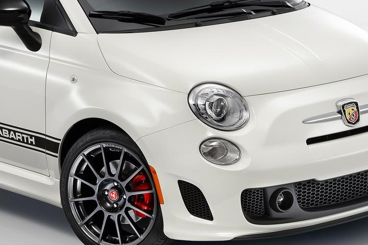 Abarth 595 C Cabrio 1.4 T-Jet 145PS  2Dr Manual detail view