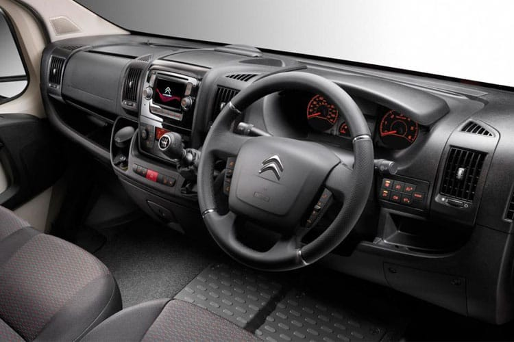 Citroen Relay 35 L4 2.2 BlueHDi FWD 165PS Ready to Run Plus Dropside Manual [Start Stop] inside view